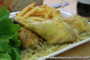 Pollo encebollado (receta fácil)