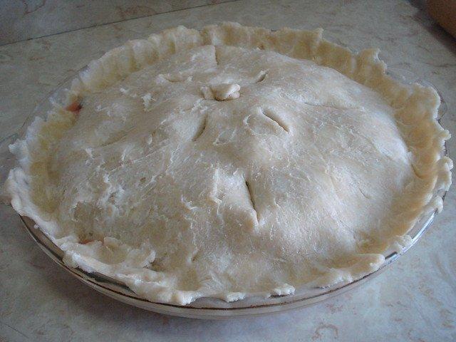 Tarta de cerezas antes de hornear