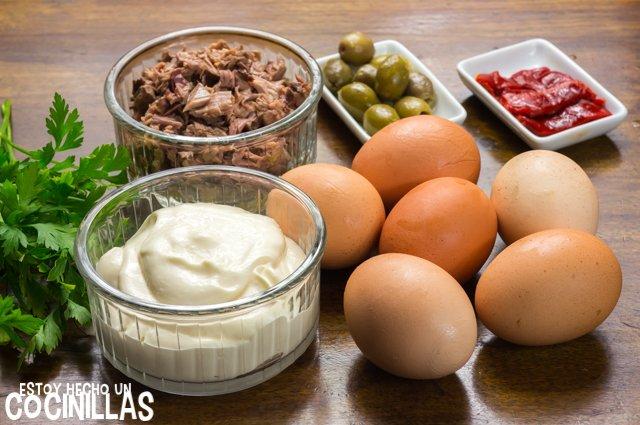 Huevos rellenos de atún (ingredientes)