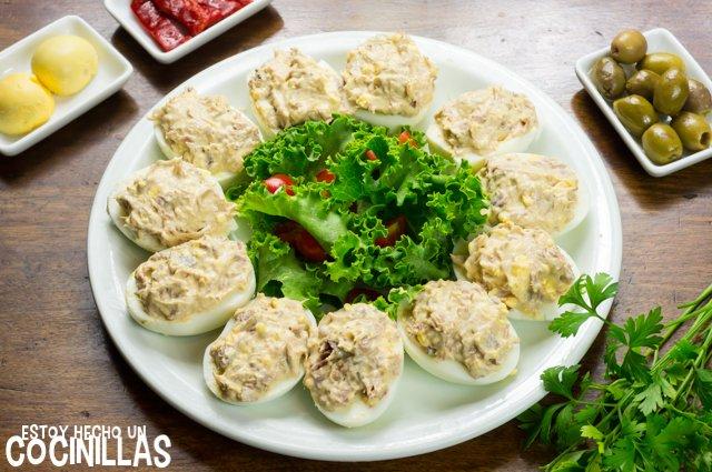 Huevos rellenos de atún (rellenar)