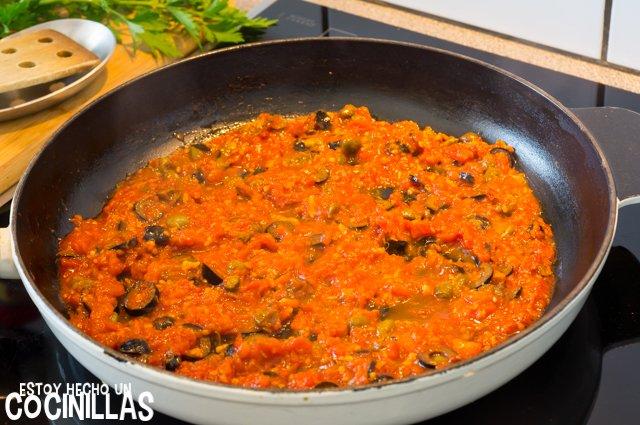 Espaguetis putanesca (salsa)