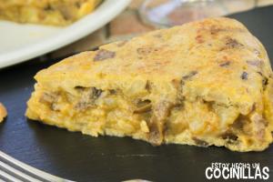 Tortilla de patatas con boletus y foie