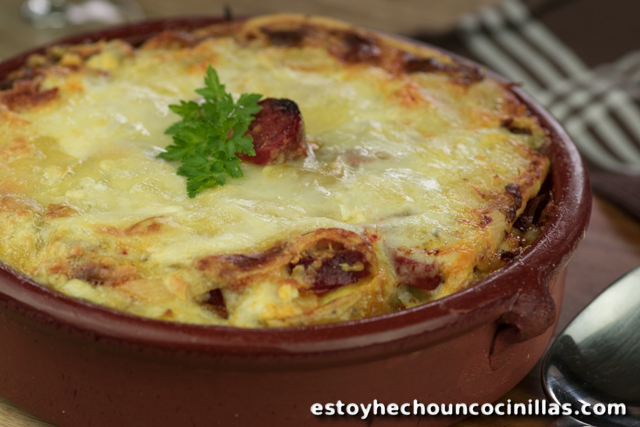 receta de tartiflette de chorizo patatas gratinadas con chorizo y queso. Black Bedroom Furniture Sets. Home Design Ideas