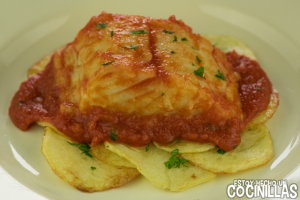 Bacalao con tomate (receta fácil)