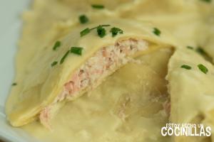 Raviolis de salmón y ricotta con salsa de puerros