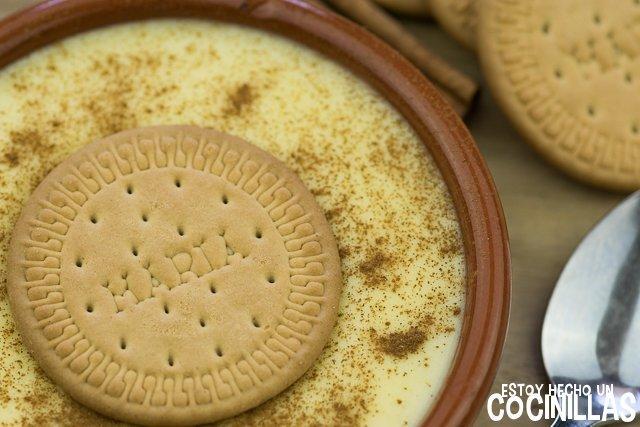 Receta de natillas caseras con galletas María y canela