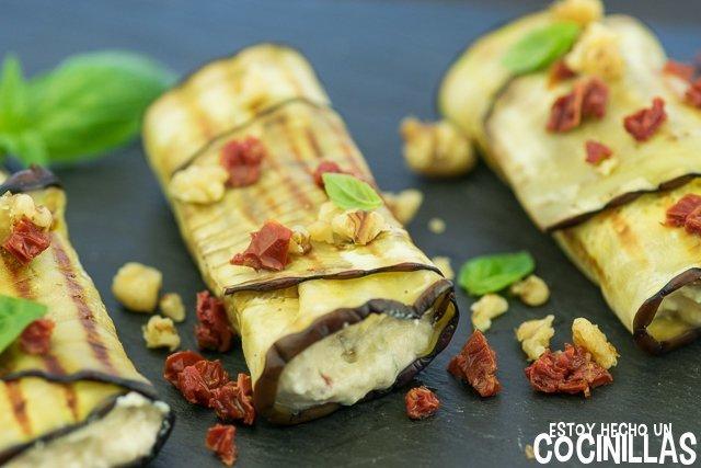 Receta de rollitos de berenjena con queso fresco, tomate seco y nueces