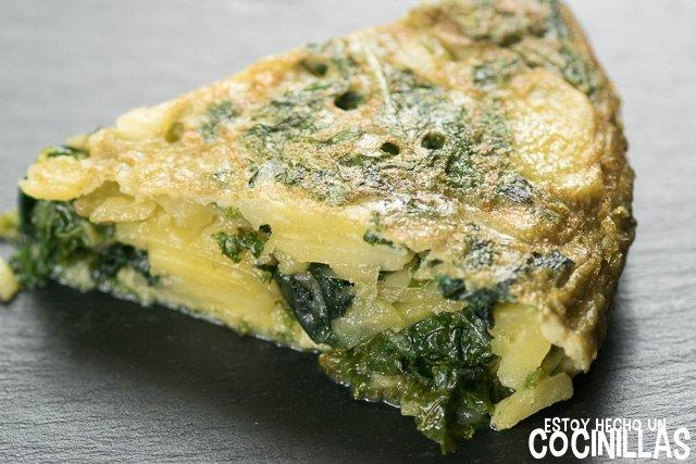 Tortilla de patatas con kale