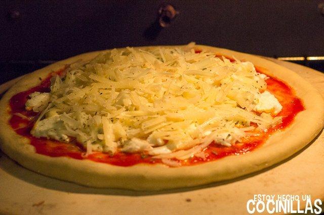 Pizza cuatro quesos (horno)