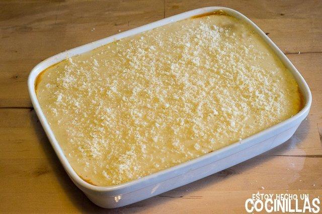 Lasaña de pollo (queso rallado)