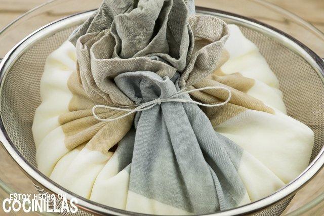 Queso crema casero (atado)