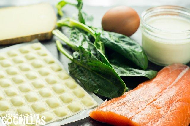 Ravioles gratinados con salmón y espinacas (ingredientes)