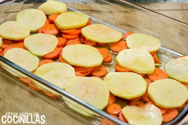 Dorada al horno estilo marroquí (zanahoria y patata)