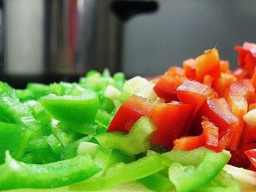 Pimiento rojo y verde troceado