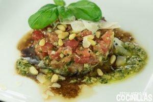 Tartar de tomate al pesto