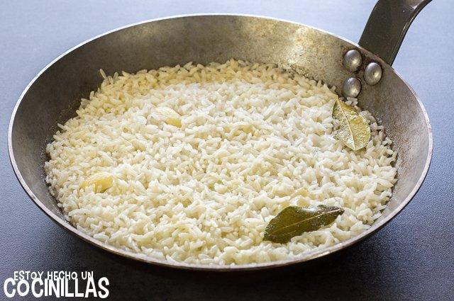 Arroz blanco con tomate (arroz blanco)