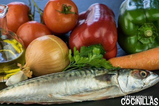 Caballa con tomate (ingredientes)