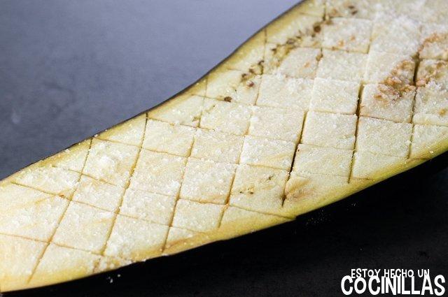 Paté de berenjena con aceitunas negras (reposo)