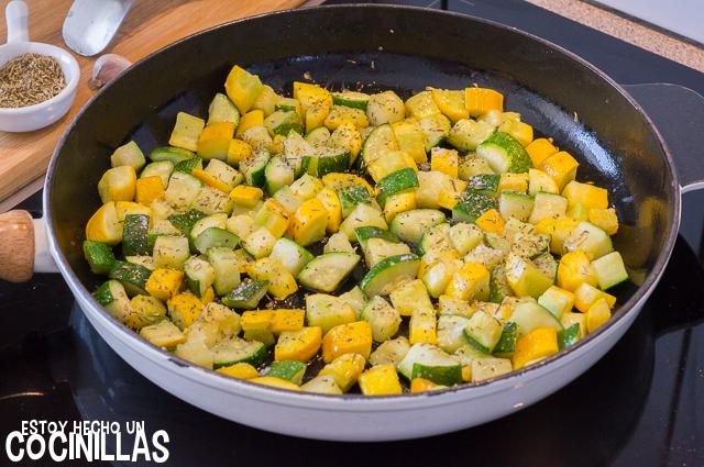 Salteado de calabacín con hierbas provenzales (agregar especias)