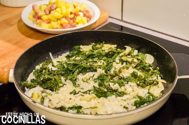 Acelgas rehogadas con patatas y panceta (agregar acelgas)