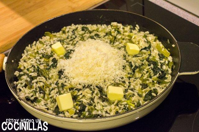 Risotto de espinacas (mantequilla y parmesano)