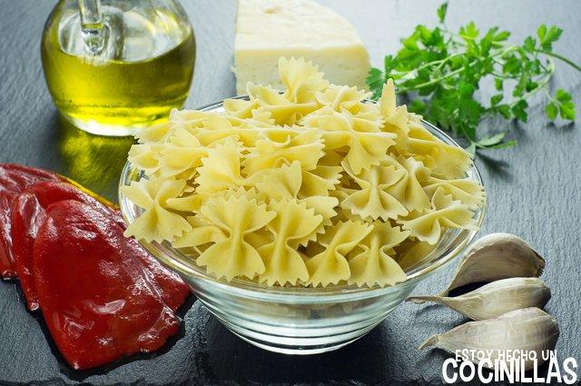 Pasta con pimientos del piquillo (ingredientes)