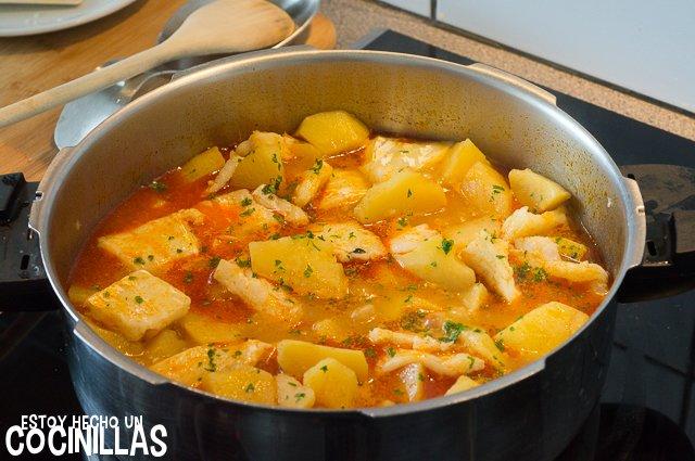 Patatas con bacalao (perejil)