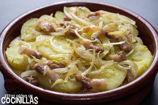 Morbiflette (capa de cebolla y panceta)