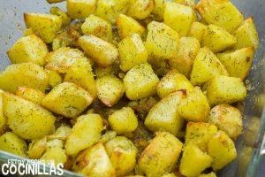 Patatas con eneldo al horno