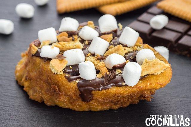 Torrija de galleta, chocolate y nubes