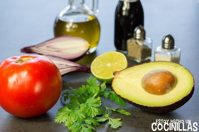 Tartar de tomate y aguacate (ingredientes)