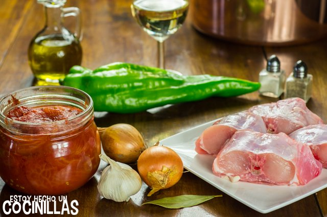 Conejo con tomate y pimientos (ingredientes)