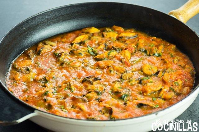 Pasta con mejillones (reservar la salsa)