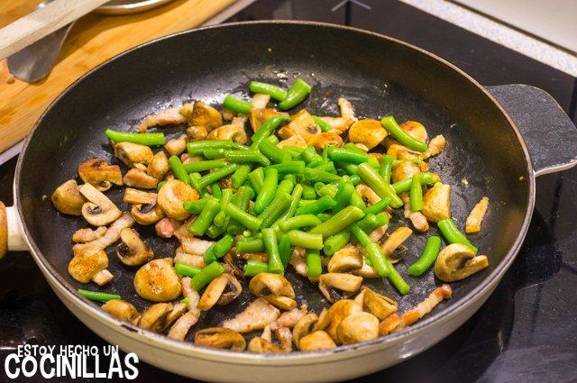 Salteado de verduras con champiñones y bacon (judías verdes)