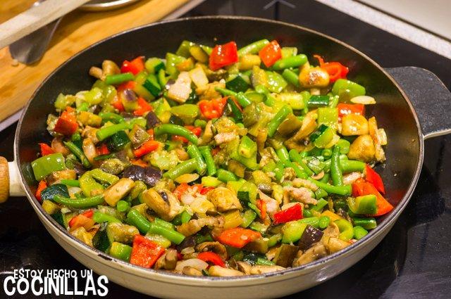 Salteado de verduras con champiñones y bacon (mezclar)
