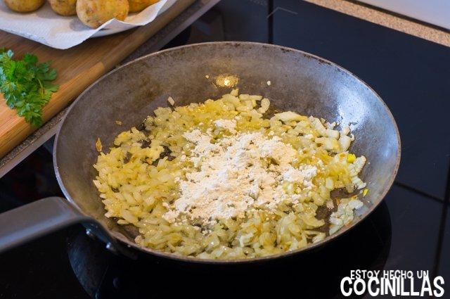 Albóndigas de bacalao en salsa verde (harina)