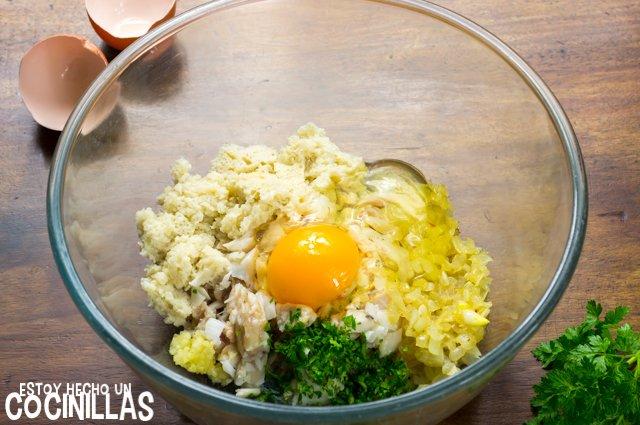 Albóndigas de bacalao en salsa verde (huevo)