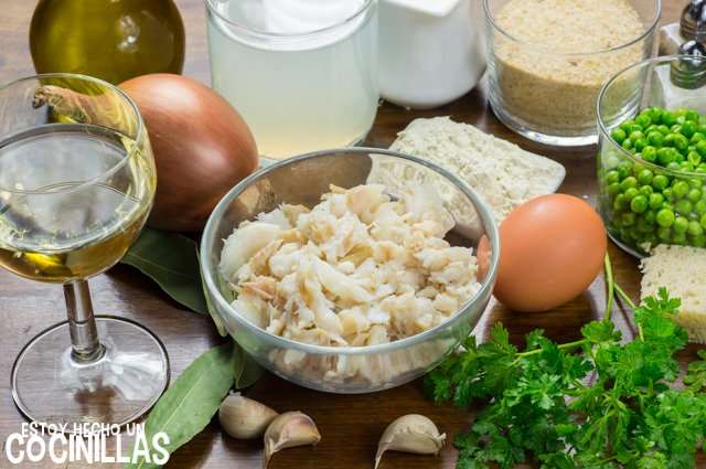 Albóndigas de bacalao en salsa verde (ingredientes)