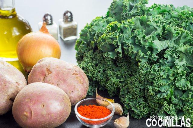 Kale con patatas, huevo y pimentón (ingredientes)