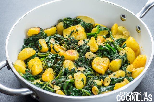 Espinacas con patatas (sartén)