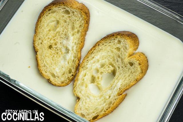 Torrijas con leche de coco (remojar el pan)