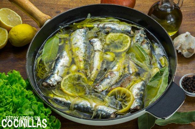 Sardinas en aceite (como las de lata)