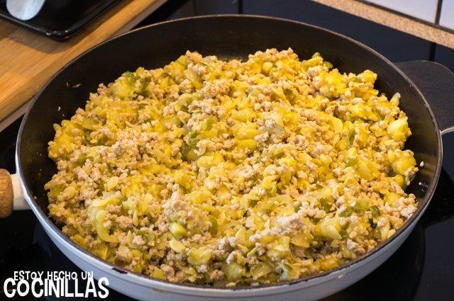 Calabacines rellenos de carne (mezclar)