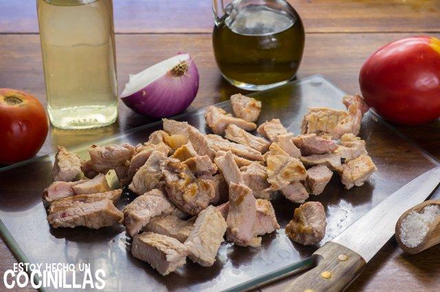 Escarapuche de carne (cortar)