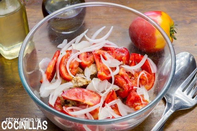 Escarapuche de carne (tomate y cebolla)