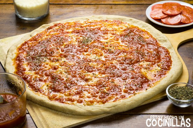 Pizza americana de pepperoni (orégano)