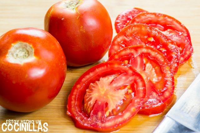 Tarta de atún, tomate y mostaza (cortar)