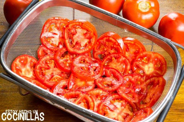 Tarta salada de tomate y mostaza (colador)