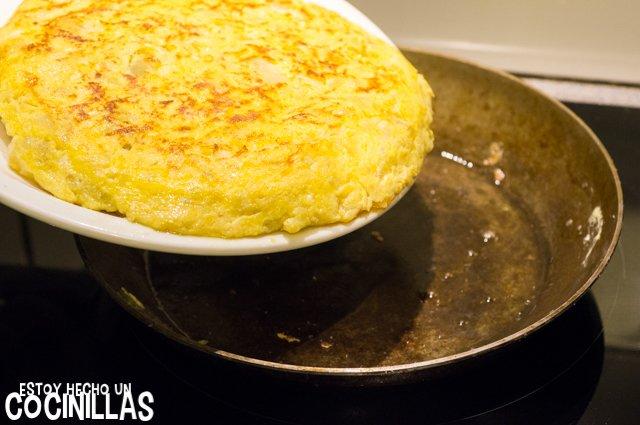 Tortilla de patatas al microondas (plato)