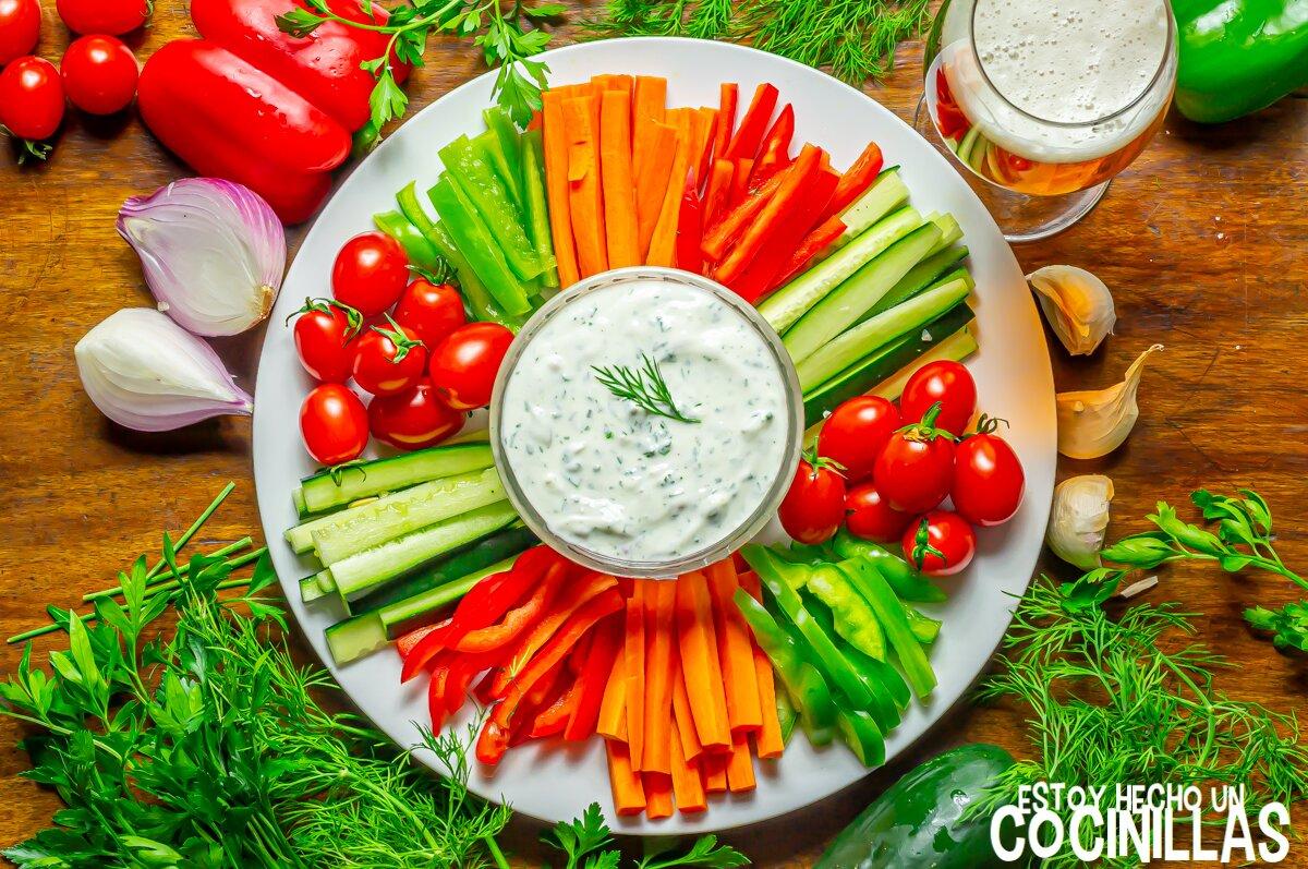 Salsa de yogur a las finas hierbas (receta)